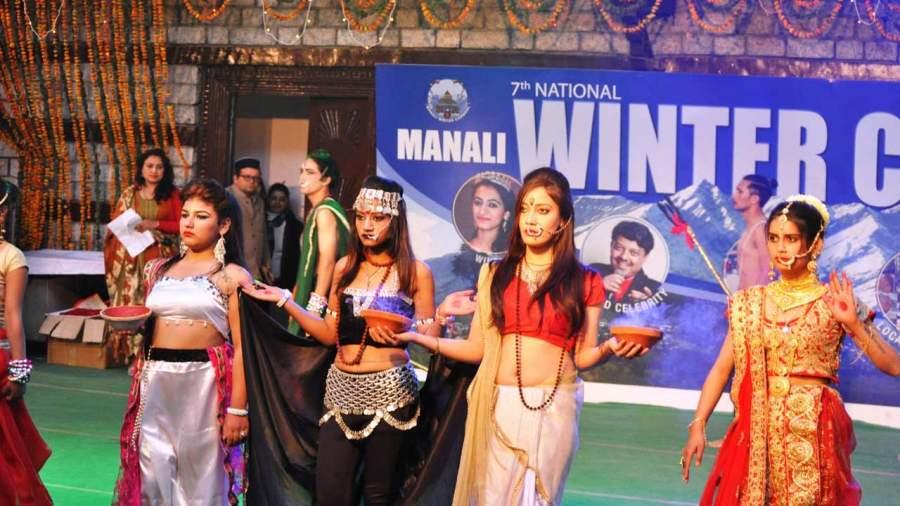 Beauty Pageant in winter Carnival Manali