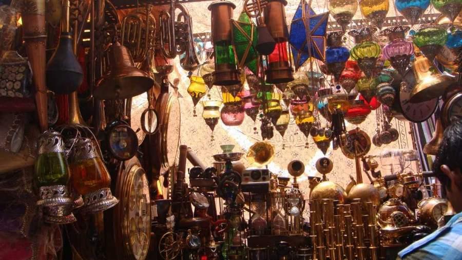 Shopping at Colaba Causeway, Colaba