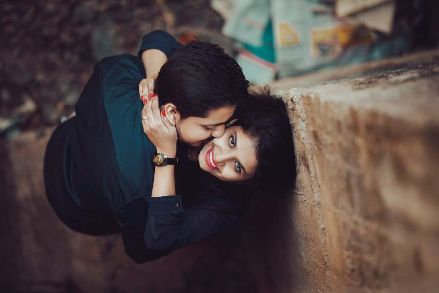 6 Ways To Know That She Is The Right One To Marry