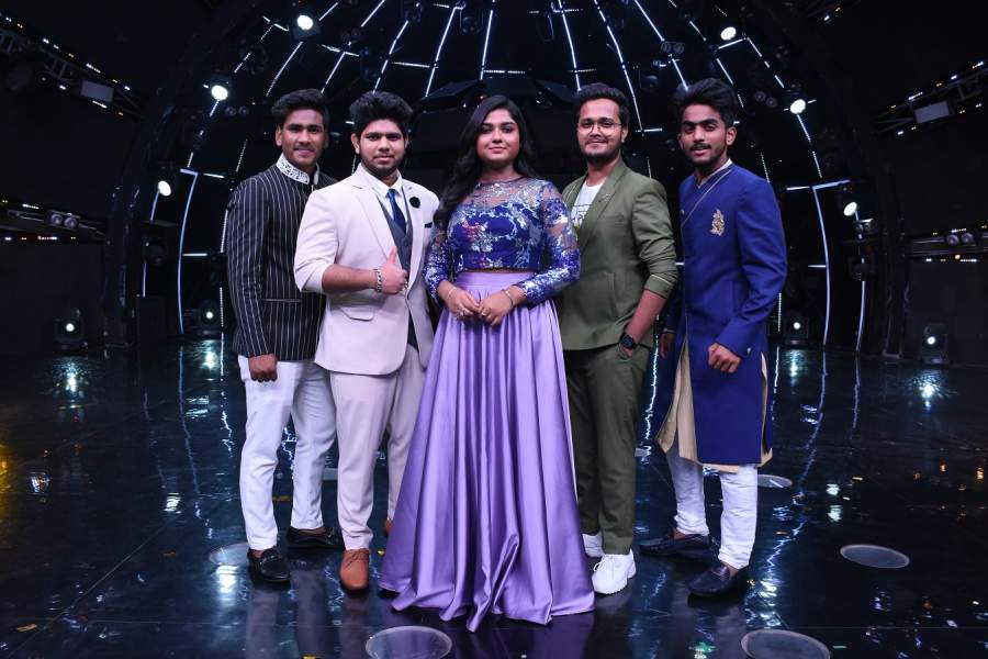 Indian Idol 11 Top 5 Contestant