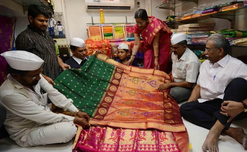 Best Gifts' of Prince Charles by Mumbai Dabbawalas