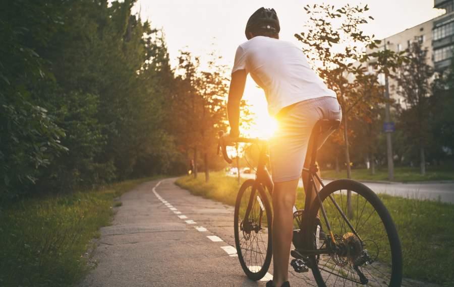 Hybrid Bike vs Road Bike