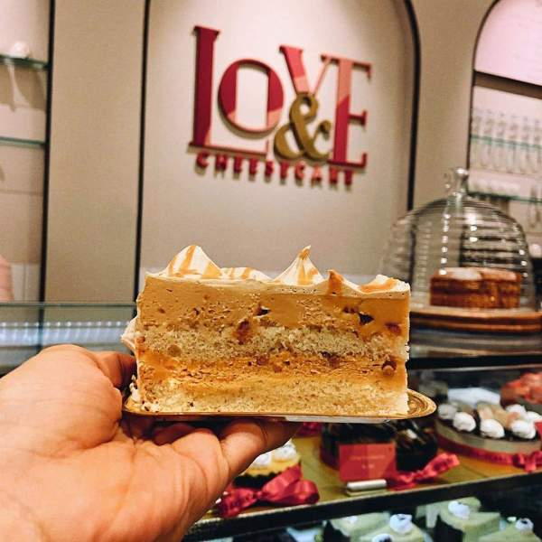 Love & Cheesecake Bakery