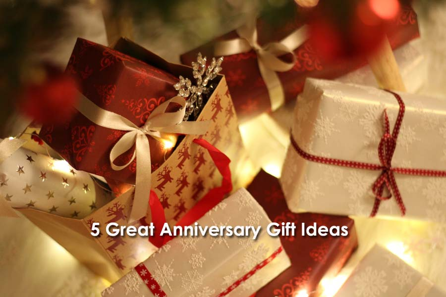 5 Great Anniversary Gift Ideas For Close Family Friends