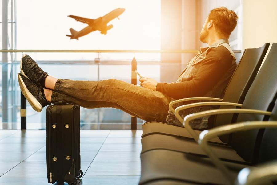 5 Things to Keep You Busy During A Long Airport Layover