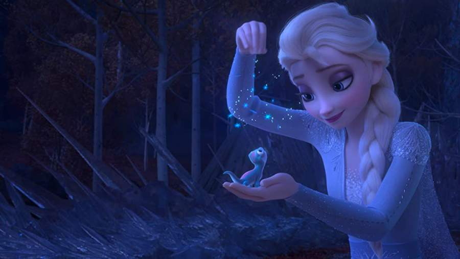 Elsa Physical appearance