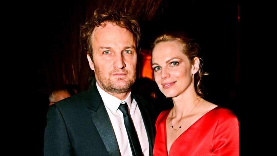 Jason Clarke wife Cécile Breccia
