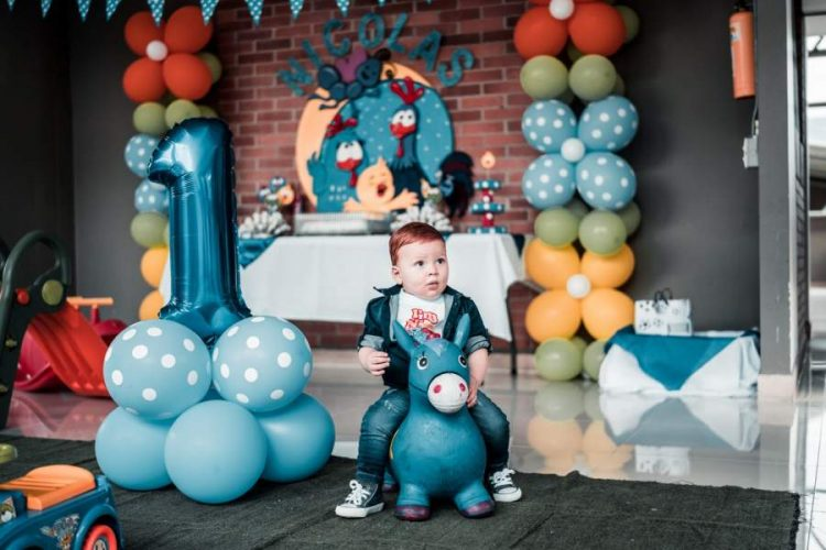 First Birthday Party theme of Your Munchkin