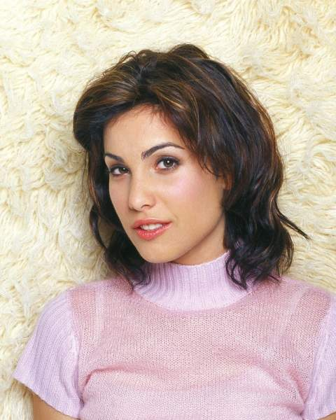Carly Pope Life Story