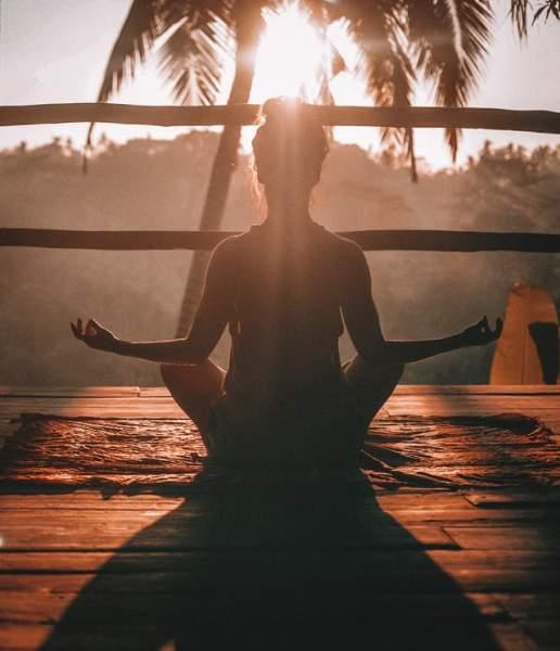 Stay Calm & Meditate