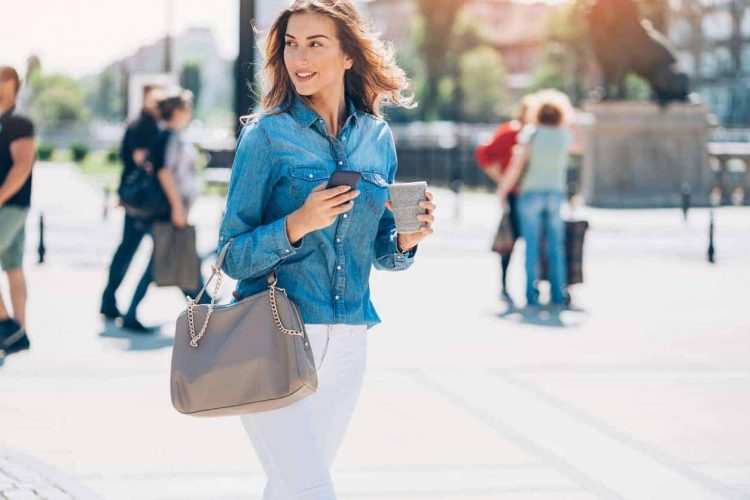 7 Types Of Handbags For Different Occasions