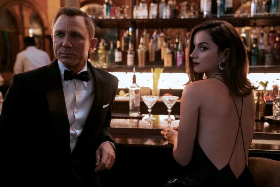 "Daniel Craig and Ana de Armas in ""No Time to Die"