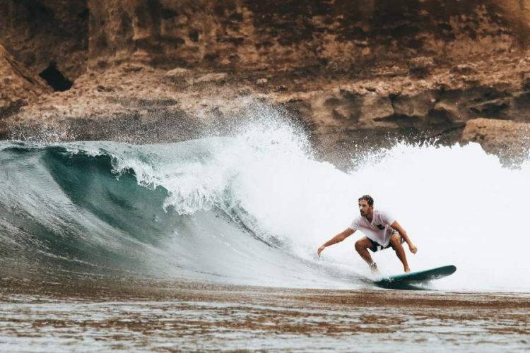 How To Learn To Surf With Style