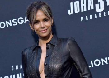 Halle Berry Biography