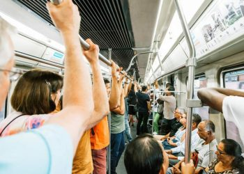 Google Maps' New Features will Let You Know How Crowded Your Train or Bus is?