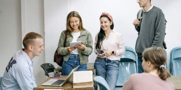 Personal Finance Tips for New College Students