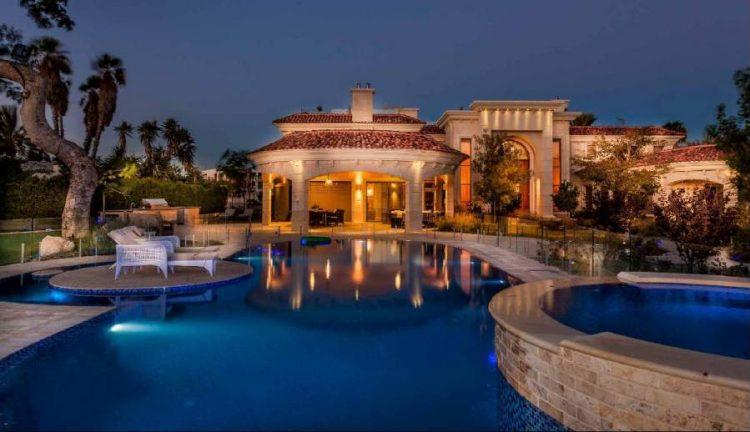 'Royal-style' Mega-mansion goes on Sale