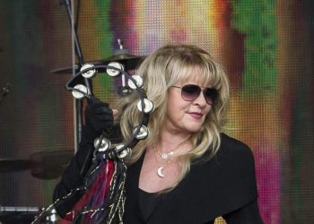Stevie Nicks biography
