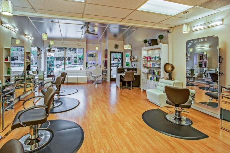 Beauty Salons in Sunshine Coast