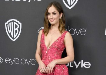 Minka Kelly Biography