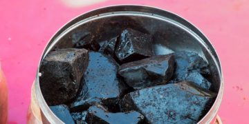 Shilajit-Health Benefits-Side Effects