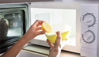 How to clean Microwave with lemon
