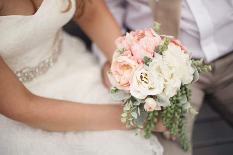 Choose the Right Bridal Bouquet