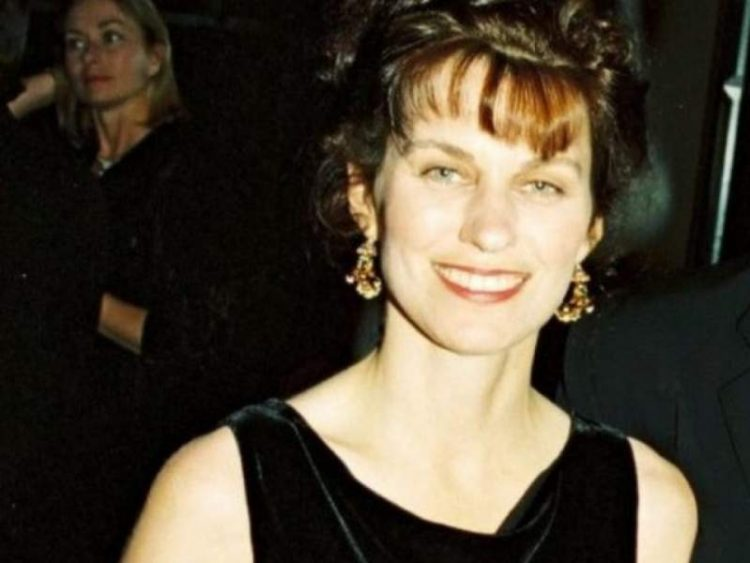 Robyn Moore Gibson