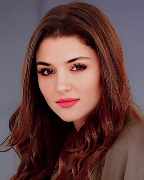 Hande Erçel - Most Beautiful Women