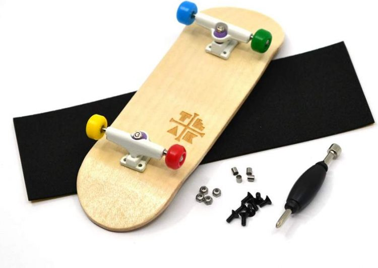 How to Ollie on a Fingerboard