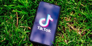 Is it Worth it to Buy TikTok Views and Likes?