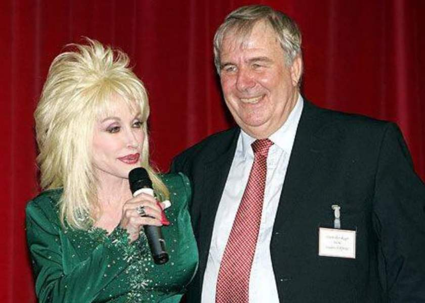 Carl Thomas Dean wife Dolly Partons