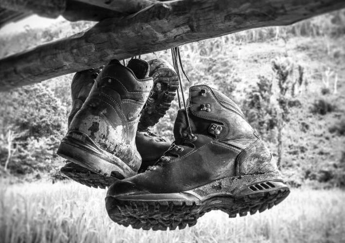 Choose Hiking Shoes wisely
