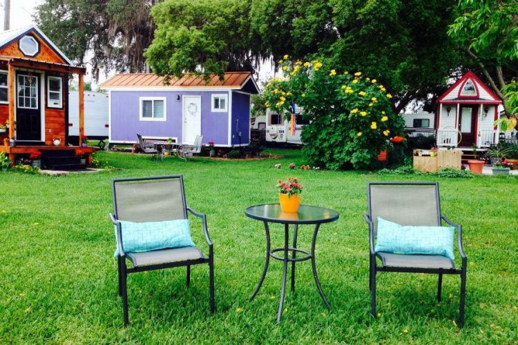Tiny House Landscaping with Robot Lawn Mowers