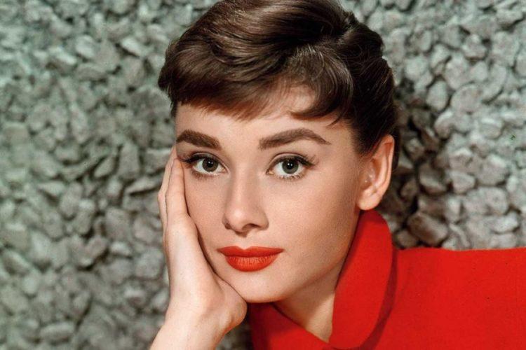 Audrey Hepburn Wiki