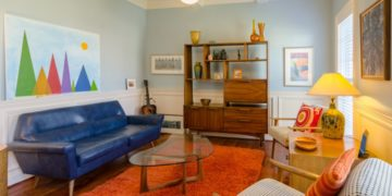 Tips for Mixing Vintage Furnishings with Everyday Decor