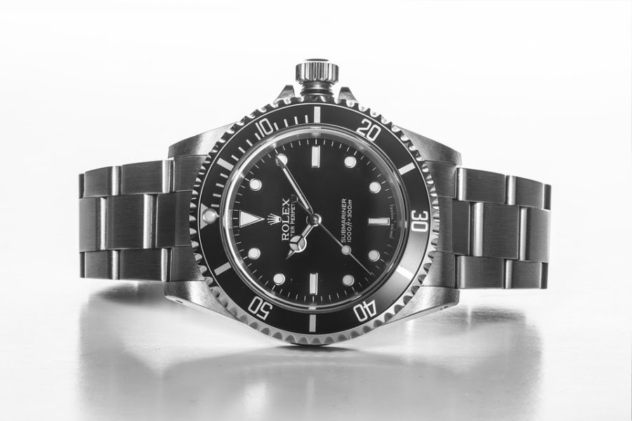Unbeatable Rolex pricing and special packages