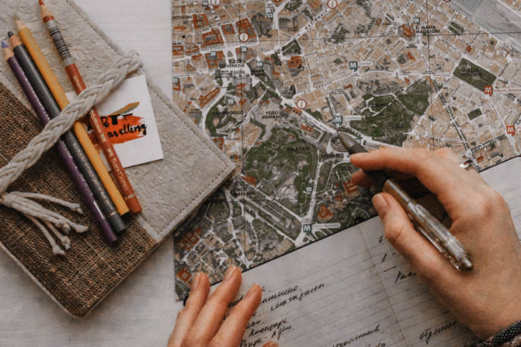 Tips to Save Money on Travel Expenses