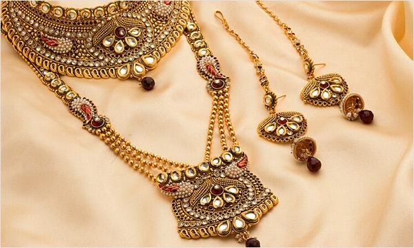 Karwa Chauth gifts Jewellery